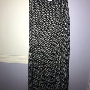 Black and white LuLaRoe maxi skirt